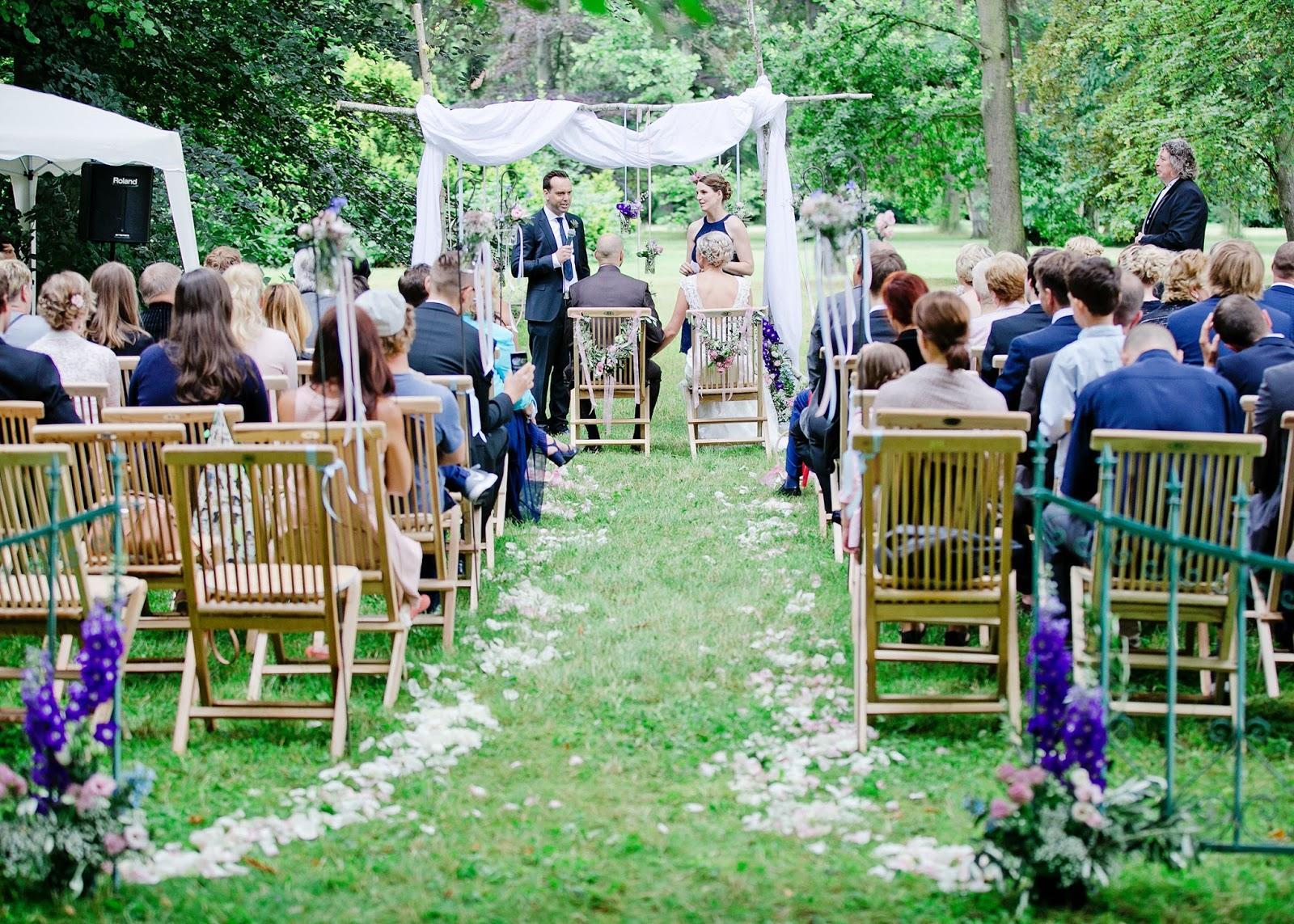 Vintage Wedding Am Cospudener See In Der Hacienda Geplant Von